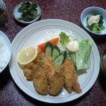 すゞめ食堂 - カキフライ定食