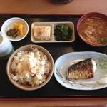 ザ・めしや 一宮店 - 松茸ごはん定食?
