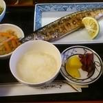 めし板垣 - 新秋刀魚定食950円