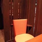 志な乃亭 - 店内の二人席