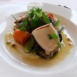 レストラン プランデルブ北鎌倉 - ヤリイカと鎌倉野菜の前菜
