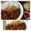 三川内の里 - 料理写真:カツカレー(630円)・・地元野菜がタップリ入ったカレーで懐かしい味わいだそう。 サラダ用にドレッシングも持ってきてくださる気遣いもいいですね。