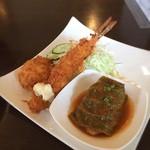 洋食レストランメルサ - ロール・ミーとえびふりゃーとカニクリコロ