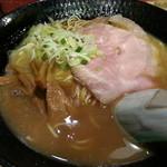 ラーメンヨシベー - ヨシベーラーメン(醤油・細麺)2014.9.16