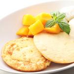 ビックビーンファーム - マンゴーとバニラのパンケーキ