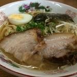 二代目おかだラーメン - ラーメン540円