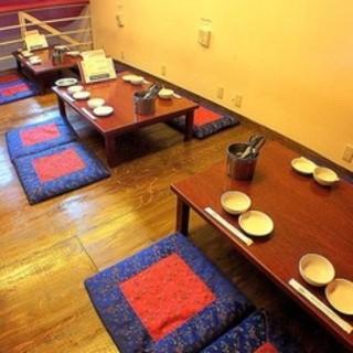各種宴会にピッタリの2階の座敷は10名様から貸切可能です!!