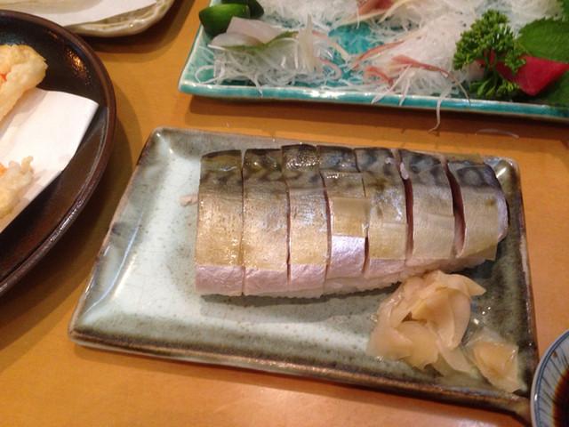 居酒屋 うず潮 - 名物 鯖寿司