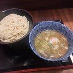 久臨 - つけ麺(中盛)750円