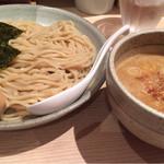 麺屋百式 - 渡り蟹つけめん(味玉トッピング)