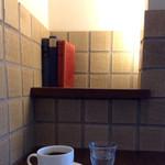 上島珈琲店 - ここは落ち着く禁煙席