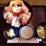 楓 - 料理写真:海鮮丼