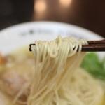 ラーメンにっこう - 麺リフト 日香麺 塩☆