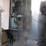 3083459 - 『六盛』 製麺機 これで冷麺、温麺の麺をその場で作ります♪