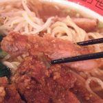 万世麺店 - パーコー(豚唐揚げ)