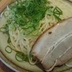 味千ラーメン - 替え玉(チャーシュー付き)