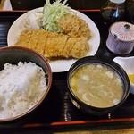 柳家 - ランチカツ定食(ロース、ヒレ)980円