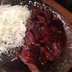 魚貝バル 弐番 - 究極の特選牛ステーキ(300g)