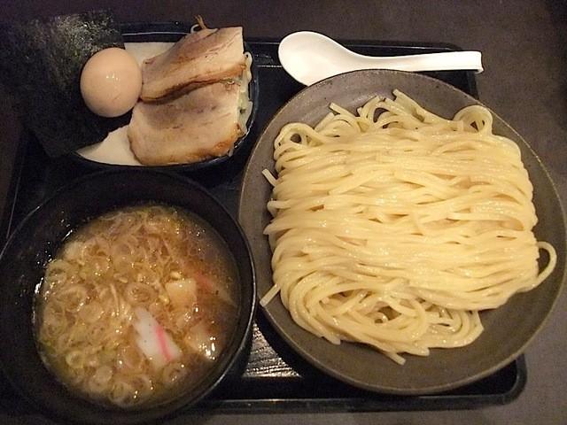 三ツ矢堂製麺 大船店 - 全盛りのマル得つけめん(1020円)