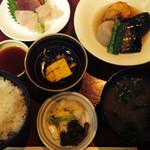 口福 - 煮物定食 身欠きニシン、飛龍頭、里芋の炊き合わせ