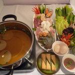 クワン チャイ - 料理写真:タイで大人気のお鍋 「タイスキ」 あっさりとしたスープが絶品です!