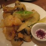トラットリアチッチョ - イタリアウサギと季節野菜のチーズフリット