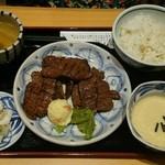 30841104 - たんなか牛タン定食(5枚10カット)1,700円