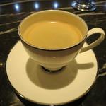 Toshi Yoroizuka - コーヒー