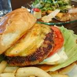 トリプルアール グリルキッチン - NEW YORK チーズバーガーランチ