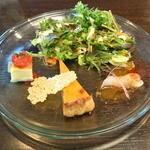 トリプルアール グリルキッチン - 前菜サラダ