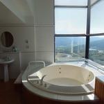 星野リゾート リゾナーレ トマム - ジャグジー付きの浴槽から絶景な件。