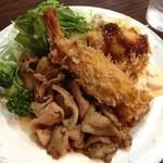 デリス - 2014, Jul & Aug 海老・帆立のフライ 豚バラの焼き肉 820円税込み