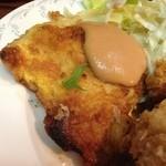 デリス - 2014, Jul & Aug 鹿児島産ヒレカツチーズ入り 白身魚の黄金焼きの黄金焼きアップ