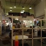 サイドプロジェクトカフェ - 店内1