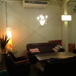 サイドプロジェクトカフェ - 店内3