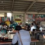 田子の浦港 漁協食堂 - お店の中(というより外?)