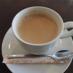 カフェ サンティ - ホットチャイ