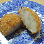 肉の荒川 - ポテトコロッケ110円