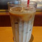 エクセルシオール カフェ - アイスソイラテ:390円