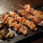 北海道バル - おすすめ串焼き5種類盛り合わせ 1240円