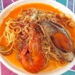 プラージュ - 料理写真:海の幸のナポリターナ ¥1340