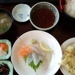 JIVA食堂 - 白身魚定食