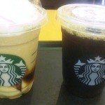 30866339 - フラペチーノとアイスコーヒー