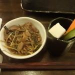 YAKITORI CLUB 和八 - 煮物、野菜スティック