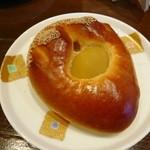 30867997 - 栗あんパン