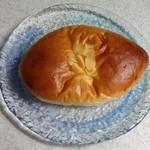 バックハウスイリエ クリームパン売り場 - クリームパン
