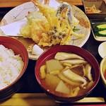 和食処清恵 - 天ぷら御膳 1470円 (2013/12) (''