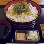 和食処清恵 - ざるうどん 682円 (2013/12) (''