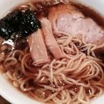 神田小松屋 - ラーメン(650円)