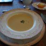 エルミタージュ - ニンニクの冷製スープ